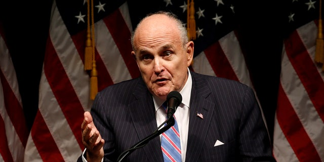 File photo: Former New York Mayor Rudy Giuliani delivers remarks before Donald Trump rallies with supporters in Council Bluffs, Iowa, U.S. September 28, 2016. (REUTERS/Jonathan Ernst/File Photo)