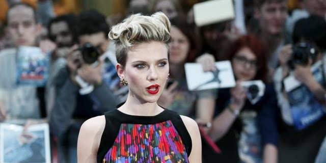 Scarlett Johansson was cast as a transgender man for an upcoming film.