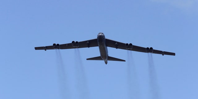 """A U.S. B-52 bomber takes part in the """"Saber Strike"""" NATO military exercise in Adazi, Latvia, June 13, 2016. REUTERS/Ints Kalnins - RTX2FYU3"""