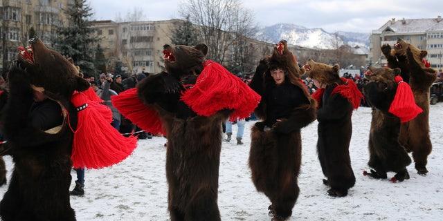 Dancers in Comanesti.