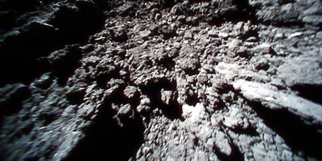 Surface image from Rover-1B after landing captured on Sept. 23