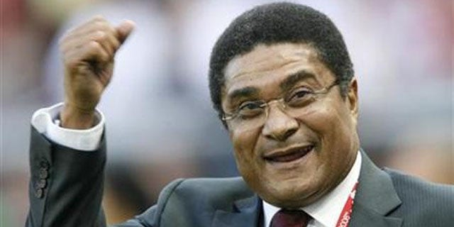 Former Benfica and Portugal star Eusebio attends a match during Euro 2008 (REUTERS)