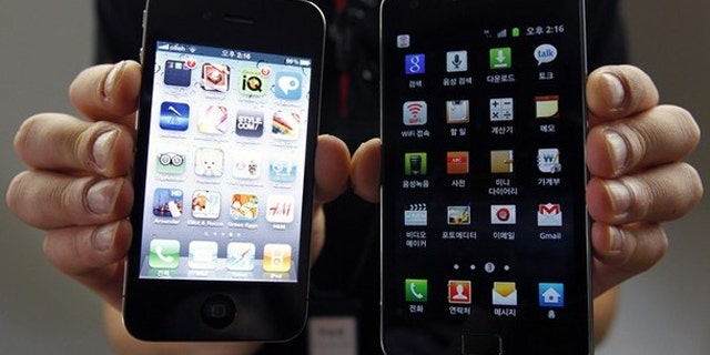 The two most popular phones on the planet: Apple's iPhone (left) and Samsung's Galaxy S (right). A new version of the S was released this year.