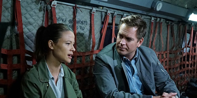 """""""Saviors"""" --DiNozzo is reunited with his ex-girlfriend, Jeanne Benoit, when insurgents in Sudan attack a group of volunteer doctors, including her husband, on NCIS, Tuesday, Nov. 10 (8:00-9:00 PM, ET/PT), on the CBS Television Network. Pictured left to right: Scottie Thompson and Michael Weatherly  Photo: Sonja Flemming/CBS  �©2015 CBS Broadcasting, Inc. All Rights Reserved"""