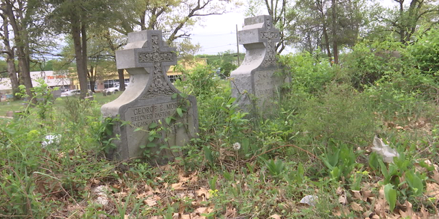 """There are no records of the exact number of African American gravesites in the Northeast, or in the country. Thousands of African American civil war veterans are buried in unclaimed or unrecognized land referred to as """"Lincoln Colored Cemeteries"""" or """"Freedmen's Cemeteries."""" Many are in poor condition or lost."""