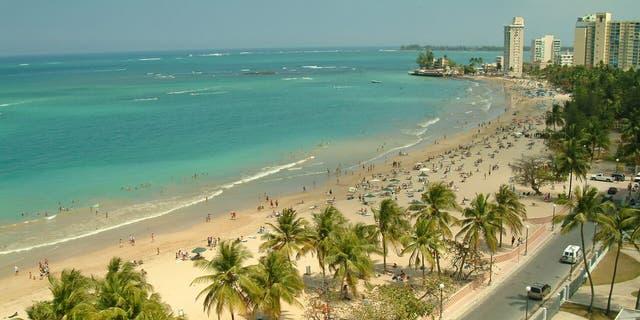 Playa Isla Verde is Puerto Rican paradise close to the runway.