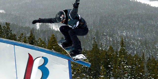 Jan 9, 2014: Breckenridge, CO, USA; Shaun White during slopestyle qualifying for the U.S. Grand Prix at Breckenridge Ski Resort.