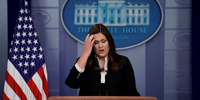 Actress Busy Philips was mistaken by the chairman of a democratic group fighting President Trump as Sarah Sanders.