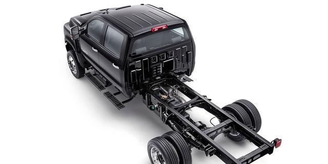 Chevrolet S New Medium Duty Silverados Are A Huge Surprise Fox News