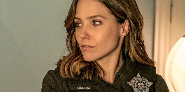 """CHICAGO P.D. --  """"Army of One"""" Episode 422 -- Pictured: Sophia Bush as Erin Lindsay."""