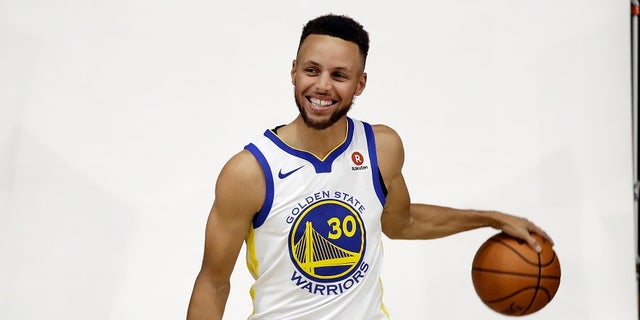 Golden State Warriors star Stephen Curry had his invitation to the White House rescinded by President Trump.