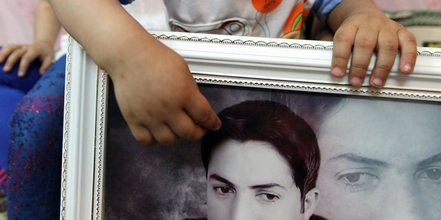 Young Iraqi child remembers her Uncle, killed in the Speicher Massacre by ISIS in 2014
