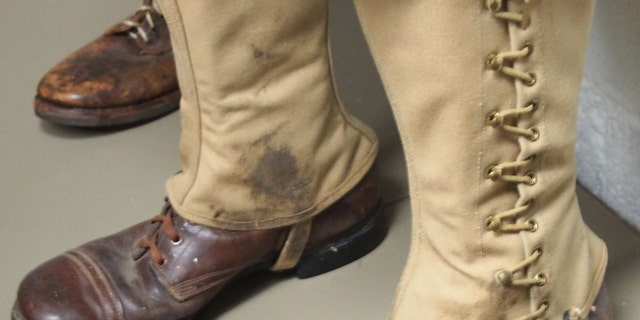 Short ankle high Service Shoes were still in use when America entered the Second World War. These boots were typically worn with the canvas gaiters, which offered some but not much support.
