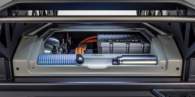 The fuel cell combines Hydrogen and oxygen to generate electricity.