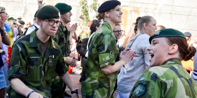 Swedish Army personnel