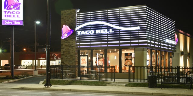Lyft drivers argue that Taco Bell's partnership with Lyft will leave them with less pay and more mess.