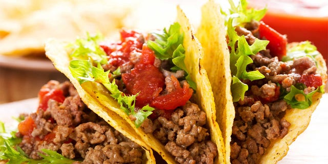 Taco shell preference even revealed differences in sleep patterns, the findings claimed. Hard shell eaters are 41 percent more likely than soft shell eaters to be early risers.