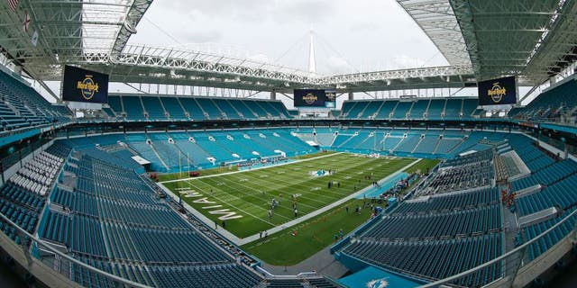 MIAMI GARDENS, FL - SEPTEMBER 1: A general view of Hard Rock Stadium prior to the preseason game between the Miami Dolphins and the Tennessee Titans on September 1, 2016 at Hard Rock Stadium in Miami Gardens, Florida. The Titans defeated the Dolphins 21-10. (Photo by Joel Auerbach/Getty Images)