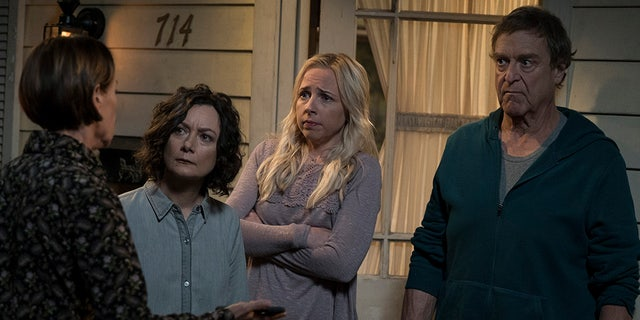 "THE CONNERS - ""Keep on TruckinÕ"" - In the premiere episode, ""Keep on TruckinÕ,"" a sudden turn of events forces the Conners to face the daily struggles of life in Lanford in a way they never have before. ""The Conners"" premieres TUESDAY, OCT. 16 (8:00-8:31 p.m. EDT), on ABC. (ABC/Eric McCandless)