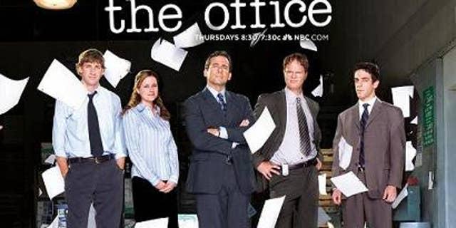 From l-r: John Krasinski as Jim Halpert, Jenna Fischer as Pam Beesly Halpert, Steve Carell as Michael Scott,Rainn Wilson as Dwight Schrute, and BJ Novak as Ryan Howard.