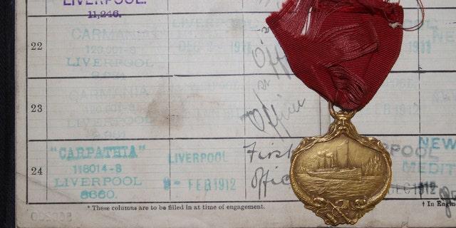 The gold medal awarded to Horace John Dean, first officer of the Carpathia (Henry Aldridge & Son).