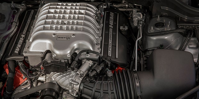 Powering the 2018 Jeep® Grand Cherokee Trackhawk is a supercharged 6.2-liter V-8 engine delivering 707 horsepower and 645 lb.-ft. of torque