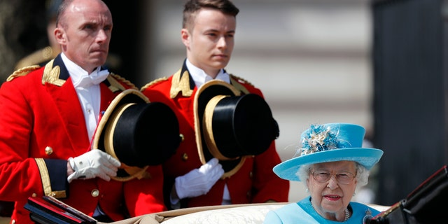 The Queen celebrated her birthday celebration with a solo carriage ride through the Palace square.