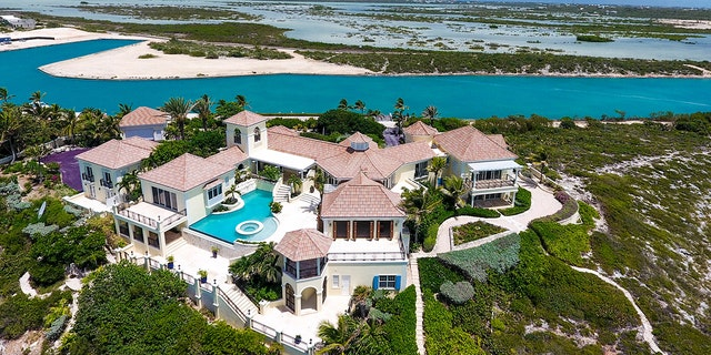 The home itself, which sits on the Providenciales Island in Turks and Caicos, encompasses 10,000 square feet and boasts six bedrooms and six baths.
