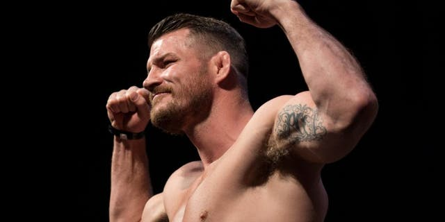INGLEWOOD, CA - JUNE 03: Michael Bisping steps onto the scale during the UFC 199: Weigh-in Event at the Forum on June 3, 2016 in Inglewood, California. (Photo by Brandon Magnus/Zuffa LLC/Zuffa LLC via Getty Images)