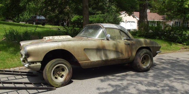 Moss-covered 1961 Chevy Corvette on Craigslist is one-of-a