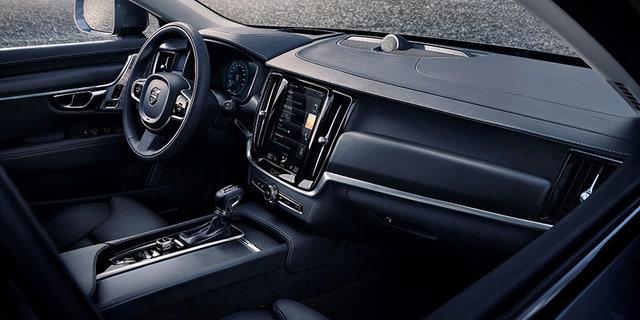 Volvo's Sensus touchscreen infotainment system in standard