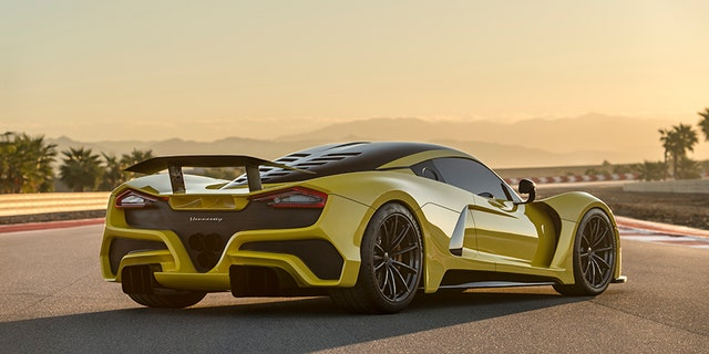 Venom Gt Price >> 1 6 Million Hennessey Venom F5 Designed To Go 300 Mph Fox