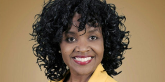 """On the same day Sandra Bullock won, Viola Davis (above) unseated State Rep. Earnest """"Coach"""" Williams for the Democratic primary in District 87. Williams had served on the state House since 2003."""