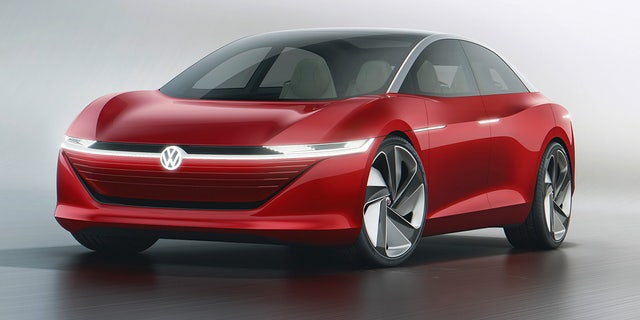 The VW I.D. Vizzion self-driving electric car will have 400 miles of range, the company says.