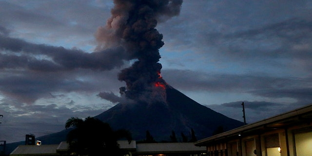 Jan. 23, 2018: Mayon has spewed fountains of red-hot lava and massive ash plumes anew in a dazzling but increasingly dangerous eruption that has sent 56,000 villagers fleeing to evacuation centers.