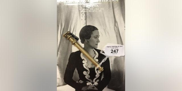 The gold hallmarked pencil holder that once belonged to Wallis Simpson (Henry Aldridge & Son)