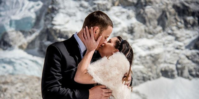 James Sissom and Ashley Schmeider shared their vows on Mount Everest on March 16, 2017.