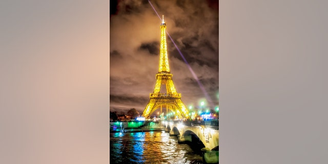 Don't miss the Eiffel Tower sparkling at night.