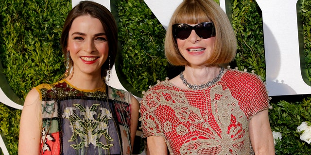 Bee Schaffer and Anna Wintour at the 2017 Tony Awards.