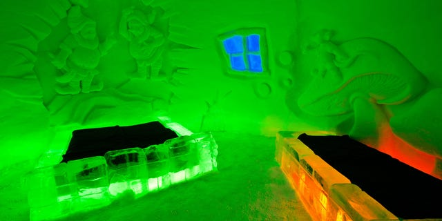 CX9ADX Art suite in the Ice Hotel in Yllasjarvi, Finland.. Image shot 02/2012. Exact date unknown.