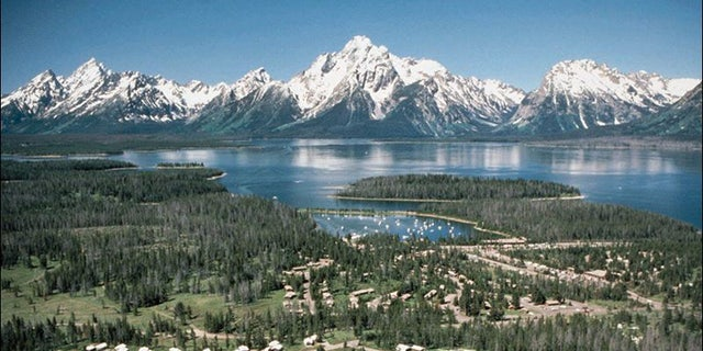 Wyoming offers no shortage of beautiful scenery, but one law professor warns taking a picture could get you in trouble. (AP)