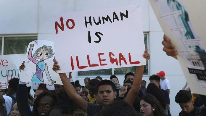 City council declares Santa Ana, CA, sanctuary city, but questions remain