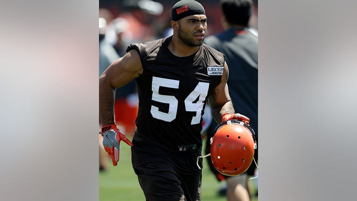 Browns release Mychal Kendricks after insider-trading charges  8a22cd99c