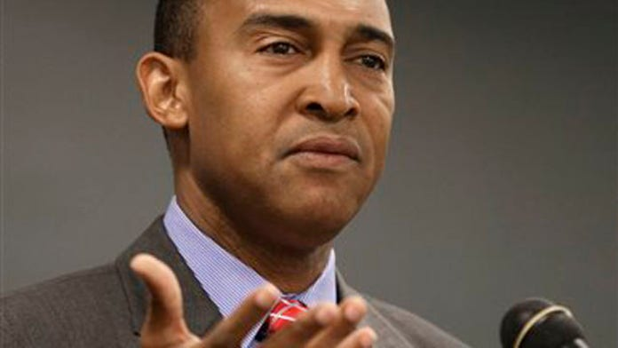 Mayor of Charlotte resigns after public corruption, bribe charges