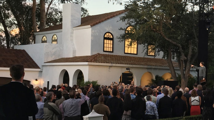Tesla shows off SolarCity solar roofs for homes