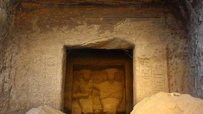 Big-eared statues reveal ancient Egyptian power couple