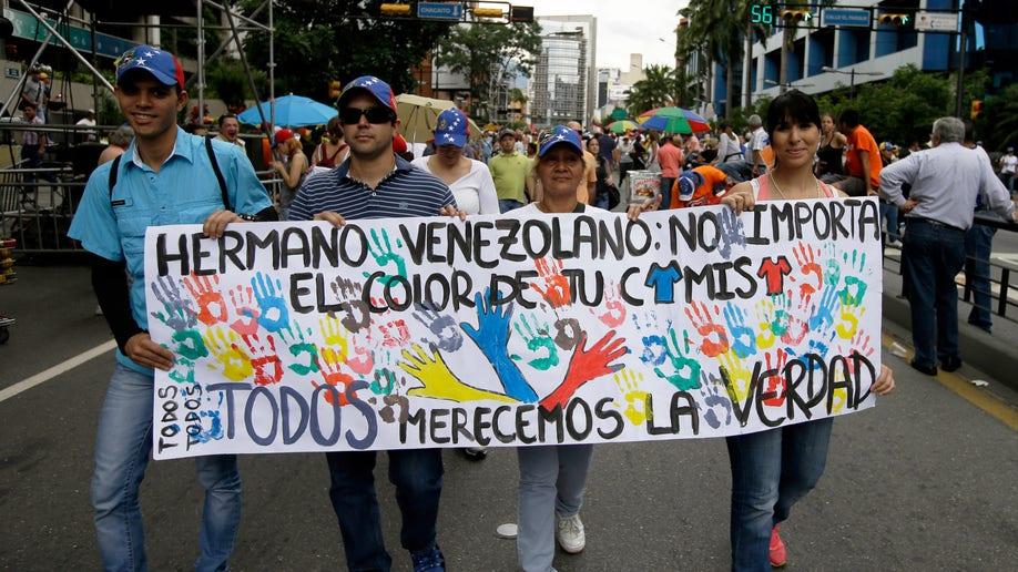 89221eb2-Venezuela Divided Families