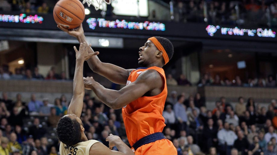 5f084242-Syracuse Wake Forest Basketball