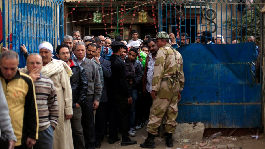 a09fad42-Mideast Egypt Dismal Turnout