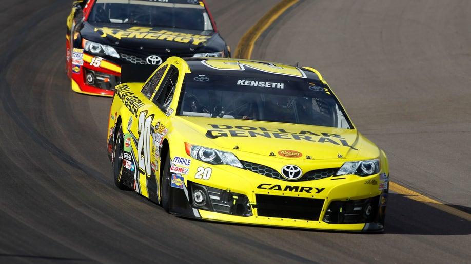 c88ee2ed-NASCAR Phoenix Auto Racing